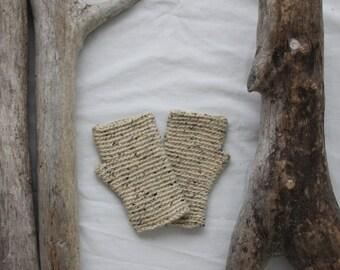 Manitoba Fingerless Glove