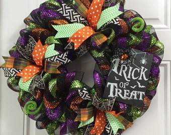 Halloween Deco Mesh Wreath, Halloween Decor, Trick or Treat Halloween Wreath, Door Decor