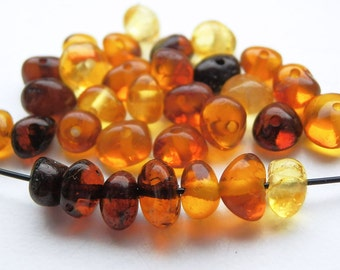 30pcs - Natural Baltic amber beads, polished rounded beads, cherry, cognac, honey, yellow amber,  4-6 mm at widest part (#32)