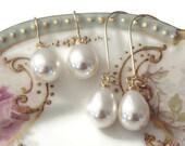 Gift Pearl earrings Pearl teardrop earrings Pearl earrings dangle Pearl drop earrings Pearl earrings wedding Pearl earring bridesmaid Gift