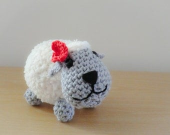 Amigurumi sheep with red flower pdf crochet pattern