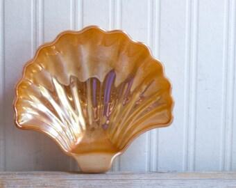 Vintage Peach Lusterware Shell, Art Deco Sea Shell, 1950's Seashell Soap Dish, 50's Bathroom Decor, Peach Lusterware Glass