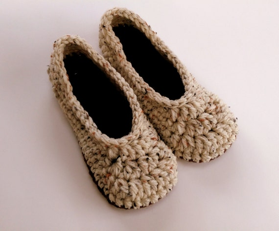 Women's slippers / house shoes / crochet slippers size 3-12 / light beige and brown / made to order