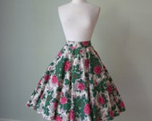 1950s Gorgeous Cotton Circle Skirt with Vivid Roses Print // Quilted Flowers and Rhinestones // Medium