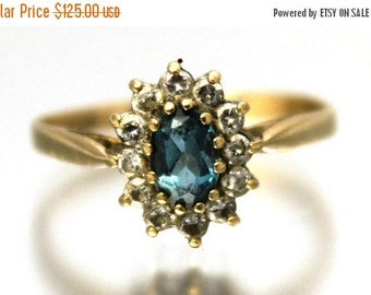 CIJ SALE Vintage Ladies Aquamarine Cubic Zirconia Cluster Engagement Ring | FREE Shipping | Size O.5 / 7.5