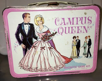 1967 Campus Queen King Seeley Thermos CO. metal lunch box lunchbox RAD