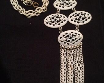 1960's White Mod Necklace-Hollywood Regency Liberace Fringe Necklace
