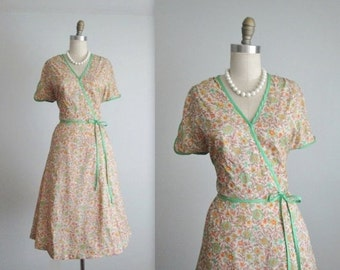 STOREWIDE SALE 70's Floral Dress // Vintage 1970's Floral Print Full Garden Party Summer Day Dress