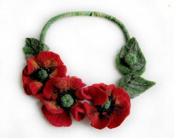 """A felt necklace """"Poppies"""""""