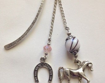 Light Pink Horse Bookmark,Horse,Horse Bookmark,Beaded Bookmark,Metal Bookmark,Unique bookmarks,Gift for Book Lovers,Book accessories