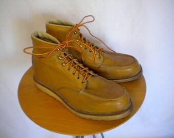 Vintage Santa Rosa Moc Toe Crepe sole Work Boots size 10 1/2 E 10.5