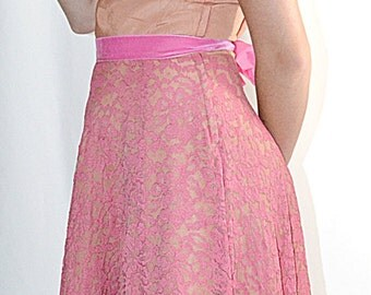 Vintage 1950s Terracotta Taffeta and Rose Pink Lace Flared Formal 31 Inch Waist