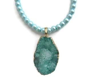 blue teal quartz druzy necklace, pendant, gemstone necklace, crystal quartz, geode stone, handmade, gold flashed, crystal pearls