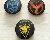 Team Valor, Mystic, and Instinct buttons