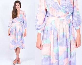Vintage 1980s Lavender Peach Mint Floral Print Wrap Dress // Size Small Medium // FREE SHIPPING