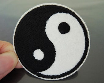 Iron on Patches or Sewing on Patch Kung Fung Tai Ji Patches Embroidered Applique Patch Round Embellishment