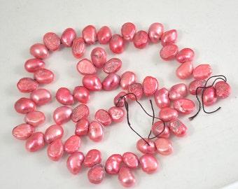 "60Beads  15"" Pink Freshwater Cultured Pearl Beads Gemstone 8mm-11mm Full One Strand, Flat pearl strand, charm pearl beads,"