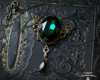 Wicked      Wizard of Oz Necklace