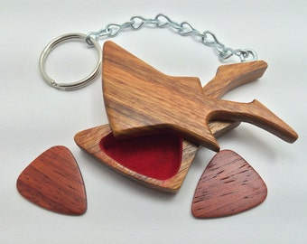 Guitar shape pick holder key chain, with 2 picks