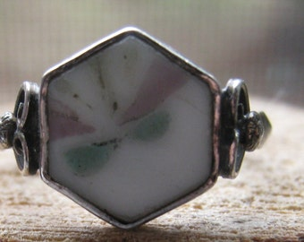Vintage Ladies Women's Sterling Silver Ring with Painted Porcelain Setting Size 7 1/4