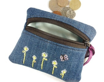 Embroidered daisy denim coin purse, zipped card pouch