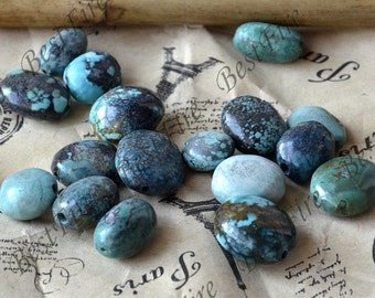 Small 25 beads 8x10-12mm Natural old Turquoise nugget loose beads,turquoise nugget gemstone beads,turquoise beads