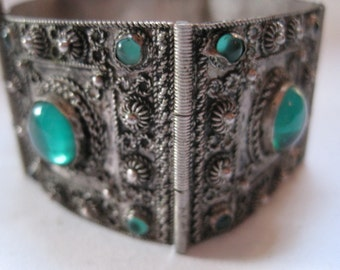 Vintage Art Deco Turkish Silver and Green Glass Panel Bracelet