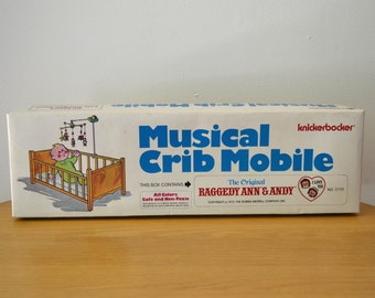 Raggedy Ann and Andy Musical Baby Mobile