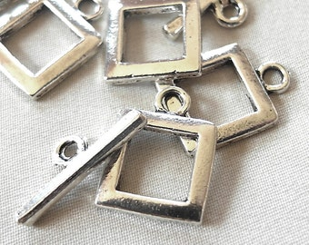 4 Toggle Clasps, Brushed Silver Plated, 16mm diameter square, 23 mm long bar