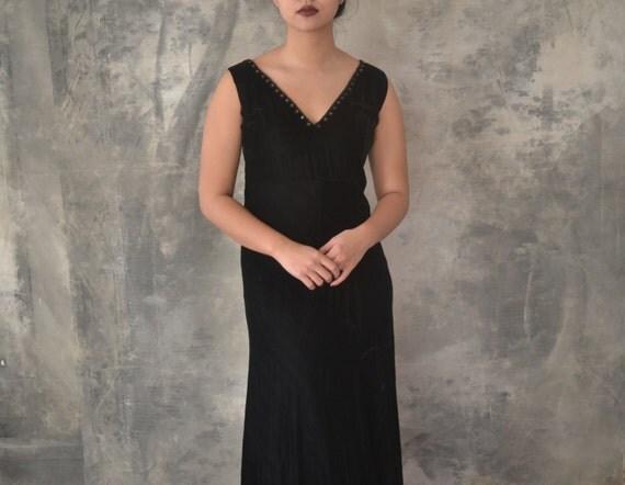 1920s Long Black Velvet Dress size M