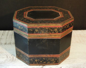 Vintage Black Wooden Tole Tea Box / Storage Box / Black Wood Box