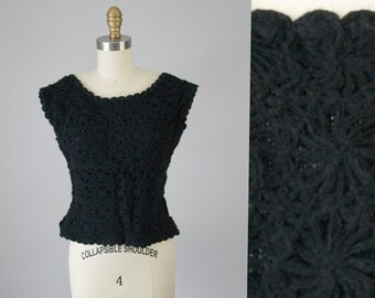1950s 60s Vintage Black Floral Crochet Wool Knit Blouse (S)