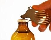 Le loup beard comb bottle opener keychain