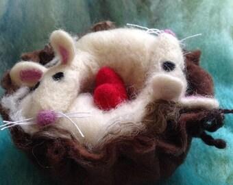 Valentine, Wedding, LoveHeart , needle felted mice