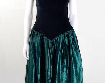 Original Vintage 1980s Off Shoulder Black and Green Prom Dress UK Size 12