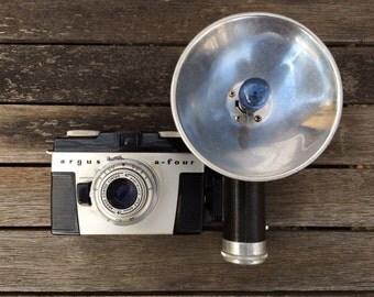 "FLASH SALE! 25% off when you enter ""25FLASH"" - Vintage Argus a-four Camera"