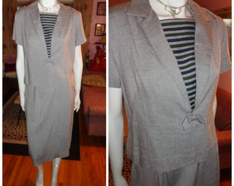 1950's  Gray black Striped Sailor Wiggle Dress COVER GIRL Miami Dress Blouse 2 piece Set School Girl Teen Hourglass 28 Waist Rockabilly VlV