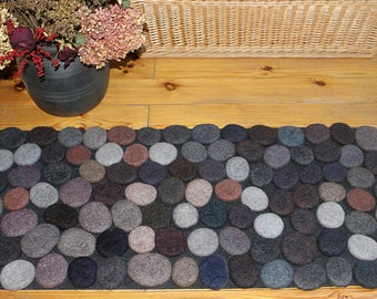 Felt stone rug / bath mat super soft with soft core  3D multicolor in Gray shades . Size 90cm x 50cm. Made to order.