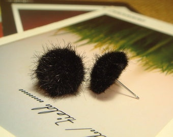 Black Pom Pom Stud Earrings (E294)
