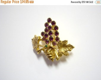 Vintage Light Amethyst and Green Brooch Home Decor New Orleans Vintage Shop Holiday Retro