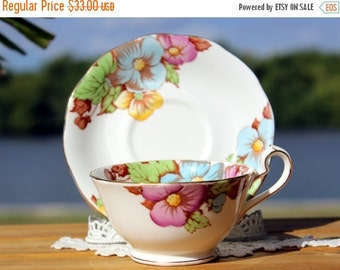 Queen Anne Teacup, Tea Cup and Saucer Made in England - Bone China, Pink Roses 12958