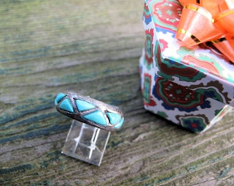 Turquoise Ring, Vintage Totally Handmade, Size 7