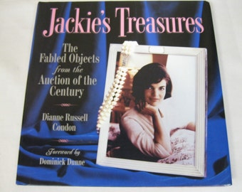 "First Lady Malania Trump Elegant as First Lady Jackie Kennedy Enjoy All in ""Jackie's Treasures"" Book of Details of Auction of Kennedy Estate"