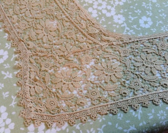 Vintage Lace Collar, antique lace collar, lace collar, ecru lace collar