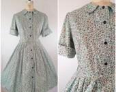 Vintage 1950s Dress / Tiny Wildflowers Dress / Green / Cotton Day Dress / Shirtwaist / Fall Dress / Medium