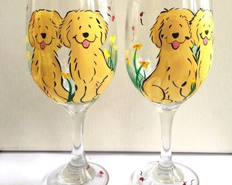 Golden Retriever or your breed in daisies wine glasses