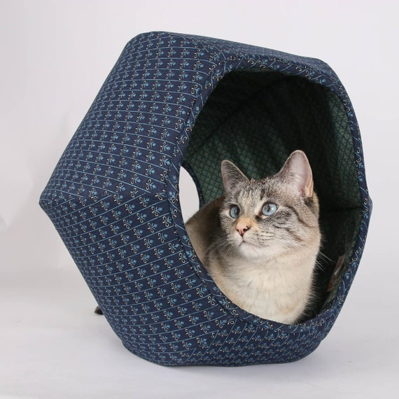 Cat ball hexagonal pet bed and kitty furniture made in the - Mattress made of balls ...