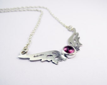 Small Hermes Wings pendant with pink tourmaline