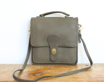 Vintage Coach Station Bag Mint // Tan Olive Green Messenger Bag Pre 5130 // Coach Handbag Purse