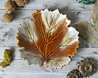 French vintage leaf dish earthenware faience 1950s retro collection fall autumn french cottage shabby rustic